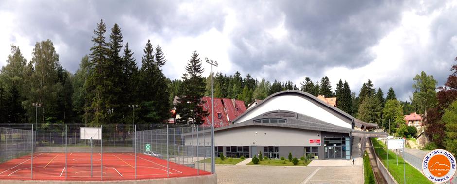 Hala sportowa i sztuczne boisko